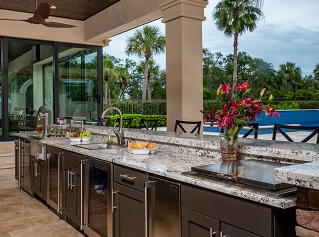 Outdoor Kitchen Design | Adam Peters Construction